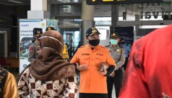 Gubernur Terharu Lihat Semangat Tim Gugus Tugas Covid-19 Babel