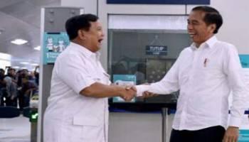 Hari Ini Presiden Jokowi Bela Prabowo, Ada Apa?