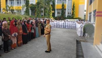 Hari Pertama Masuk Sekolah, Gubernur Babel Kunjungi Sekolah di Pangkal Pinang
