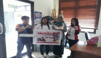 Honda DAM Koba Merayakan Ulang Tahun Pegawai Kantor Bupati Bangka Tengah