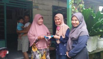 ISBA Palembang Bagi-Bagi Masker di Bangka, Ajak Warga Putuskan Rantai Covid-19