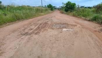 Jalan Tak Kunjung Diaspal, Warga Arung Dalam Tuntut Ubah Status Kelurahan Menjadi Desa