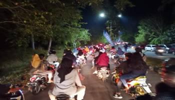 Jalanan Macet, Ribuan Warga Toboali Turun Ke Jalan Nonton TCOF 4
