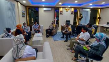 Jalin Silaturahmi, Rektor UBB Temui Kapolda Babel