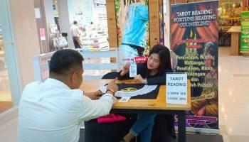 Jane, Tarot Reader Cantik Asal Jakarta
