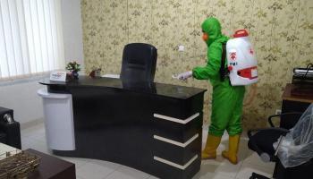 Jelang New Normal, PMI Babel Kembali Semprotkan Disinfektan di Perkantoran