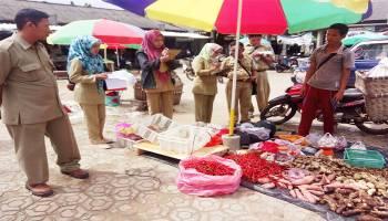 Jelang Ramadan, Daging Ayam di Pasar Baturusa dan Petaling Mulai Naik