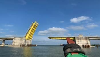 Jembatan emas rusak lagi, arus transportasi kembali terganggu