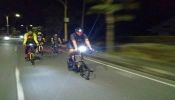 Kapolres Babar Pimpin Patroli Bersepeda Malam Bersama Komunitas