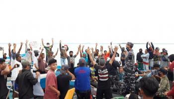 Kembali Nelayan Teluk Kelabat Aksi Damai Tolak Tambang Laut