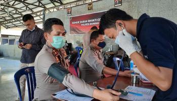 Kerahkan 70 Personel, Kapolres Bangka Imbau Masyarakat Tak Takut Donor Darah