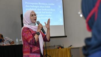 Ketua TP PKK Babel Ajak Para Ibu Berdiri Dalam Satu Barisan