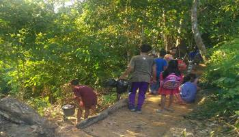 KKN UBB Ajak Anak-Anak Desa Gadung Amalkan Biosentrisme