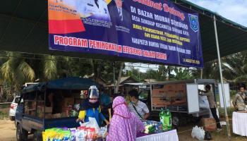 KKN UBB Bersama Disperindag Bateng Gelar Pasar Murah di Desa Sungkap