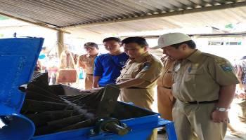KKN UBB di Sungai Selan Ciptakan Mesin Pakan Ternak Alternatif