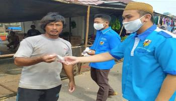 KNPI Bangka Bagi-Bagi Masker