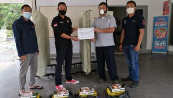 Kolaborasi dengan Pemuda, PT Timah Serahkan Sarana Olahraga untuk Karang Taruna Ketapang