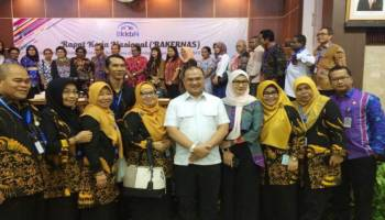Komitmen Jalankan Program KKBPK, Erzaldi Dapat Apresiasi dari BKKBN Pusat