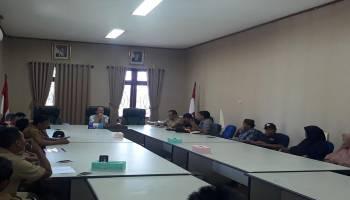 Konflik Tambang Kuruk Tak Kunjung Selesai, Penambang dan Warga Geruduk Gedung DPRD Bateng