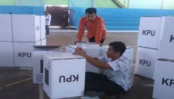 KPU Belitung Mulai Rakit Kotak Suara Pemilu 2019