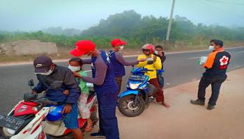 Kurau-Penyak diselimuti Asap, 7.000 Masker Disebarkan