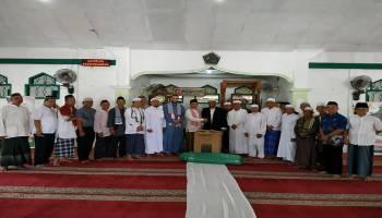 Lakukan Jum'at Barokah, Syahbudin Berikan Bantuan ke Masjid Al Mukminun