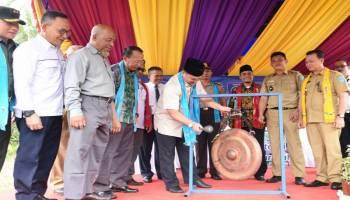 Launching  Kampung Radio di Bukit Layang, Gubernur Optimis Bisa Menggerakan Ekonomi Desa
