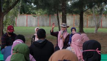 Lesehan Sore Bersama The Power of Silahturrahmi, Melati Erzaldi Ngobrol UMKM