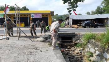 Limbah Dibuang ke Selokan, Satpol PP Bangka Tegus Pemilik Penggilingan Daging