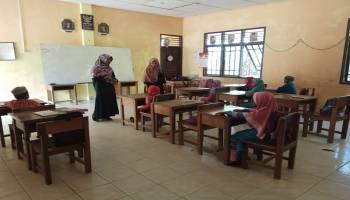 Mahasiswa KKN UBB Desa Labuh Air Pandan Adakan Kursus Belajar Murid SD