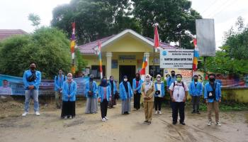 Mahasiswa KKN UBB Olah Sampah Pasar Pangkalpinang Jadi Pupuk Organik Cair