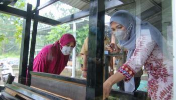Makin Berkembang, Melati Erzaldi Canangkan Deshandra Craft Jadi Sentra Kerajinan Lidi Nipah
