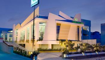 Mau Santai di Bulan Agustusan? Hotel Santika Bangka Tawarkan Paket Merdeka