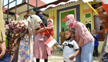 Melati Erzaldi Apresiasi Semangat Kader PKK Desa Kurnia Jaya