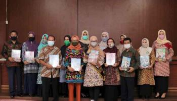 Melati Erzaldi Distribusikan Maudi, Media Pembelajaran Bagi Anak dan Bunda PAUD