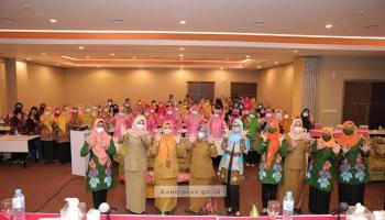 Melati Erzaldi Dorong Peran Aktif Kelompok Dasawisma Perangi Stunting di Bangka Belitung