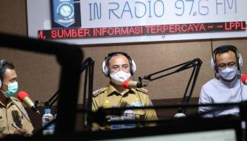 Mengudara Lewat In Radio, Gubernur Erzaldi Sosialisasikan Program Jahe Merah