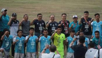 Momen Kehangatan Pimpinan Babel Menyaksikan Laga Babel United Vs Persita