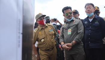 Nanas Babel Mencuri Perhatian Menteri Pertanian Syahrul Yasin