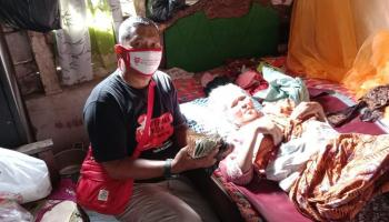 Nek Siti Menderita Kanker Payudara Stadium 4, Menunggu Uluran Tangan Para Dermawan