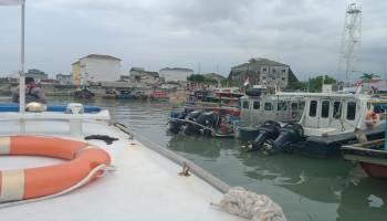 Nelayan Keluhkan Trawl, Satpolair Bangka Barat Turun Tangan