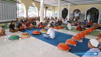 Nganggung Maulid Nabi, Tradisi Yang Masih Bertahan di Tuatunu