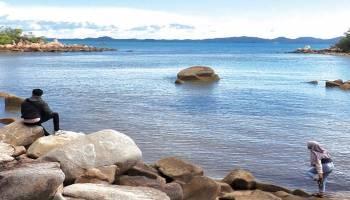 Panorama Pantai Janbosag Yang bikin Jatuh Cinta