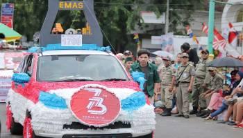 Parade Foto Karnaval Kendaraan Hias HUT ke 73 RI di Pangkalpinang (1)