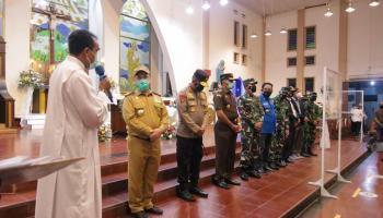 Pastikan Malam Natal Aman, Gubernur Erzaldi Kunjungi Gereja di Pangkalpinang