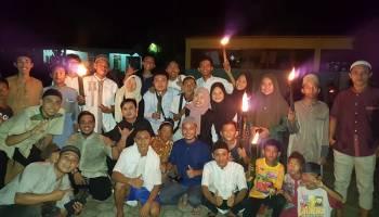 Pawai Obor dan Takbir Keliling Meriahkan Malam Takbiran di Desa Pagarawan