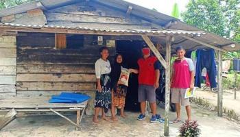 PDI Perjuangan Salurkan Bantuan 75 Ton Beras untuk Masyarakat Bateng