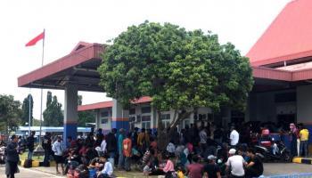 Pelabuhan Tanjung Kalian Muntok Diserbu Penumpang dari Palembang, Gugus Tugas Covid Siapkan Rapid Tes