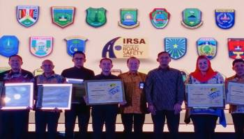 Pemkab Bangka Raih 3 Penghargaan Indonesia Road Safety Award 2019 Dari Kepala Bappenas