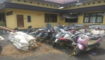 Penjarahan di Lahan Eks Kantor PT Kobatin, Polres Bateng Amankan Tiga Warga dan 46 Karung Pasir Timah